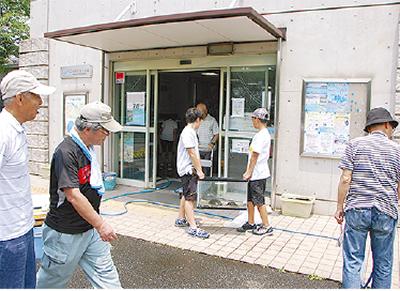 同NPOが管理運営するせせらぎ館。地域の小学生も清掃などに協力