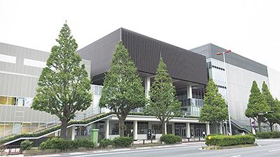 左から大体育室、共用部分、ホール