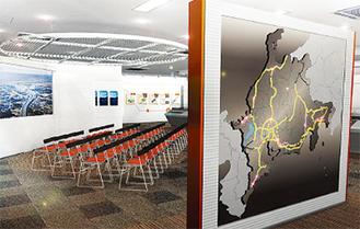 大画面映像シアターなどで高速道路の歴史を学ぶことができる