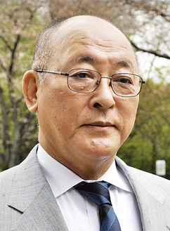 第三代校長に就任した 野坂 康夫さん