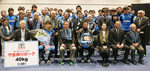 川崎フロンターレの選手、スタッフとアシストクラブのメンバーら