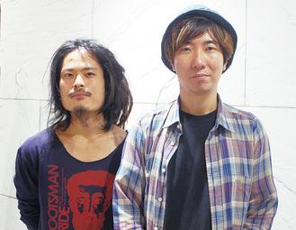 講座を行う秋田玄さん(右)と同企画に農業支援で携わる宮田良亮さん(左)