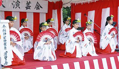 子ども舞姫が観客魅了