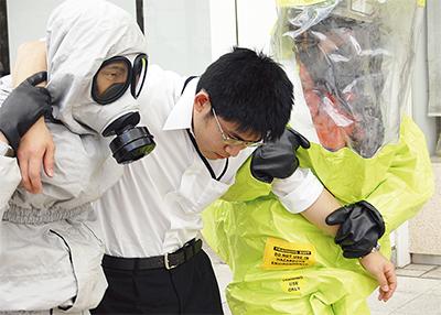 化学テロ想定し合同訓練