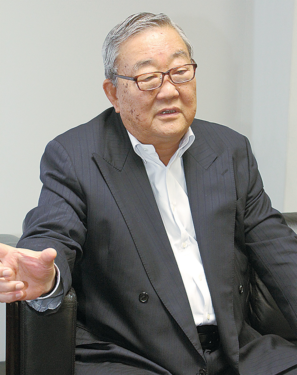 新理事長に有隣堂・松信氏