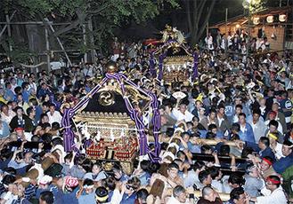 稲毛神社山王祭のクライマックスともいわれる神幸祭