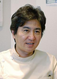 歯の健康の大切さについて話す松山さん