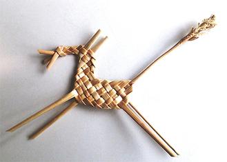 繊細な「編み細工」作りを体験できる