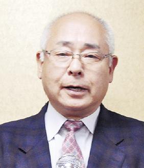 挨拶する加藤理事長