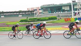 川崎競輪場のバンクを走行できる機会