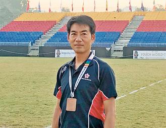銅メダルを胸にかけ、誇らしげな河田さん