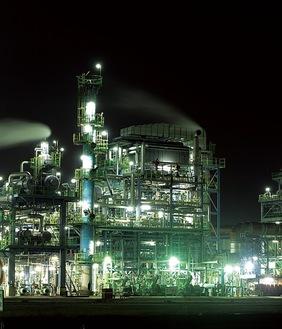 工場夜景(イメージ)