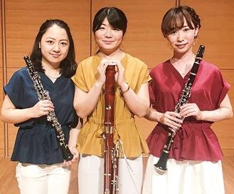 左から炭崎友絵さん、丸山佳織さん、村上あづみさん
