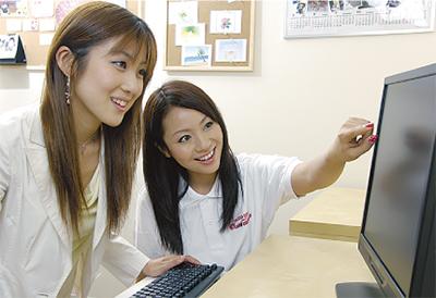 毎日通っても月謝3150円激安パソコン教室「川崎パレール店」