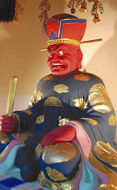 閻魔大王像を公開
