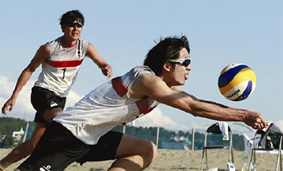 聴覚障害者のビーチバレー