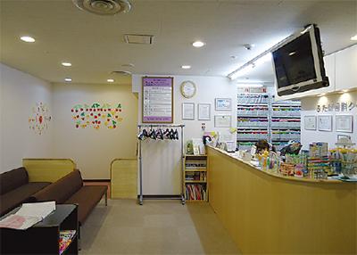 昼休診なしで土日祝日も通常診療幅広いニーズに応える歯科医院