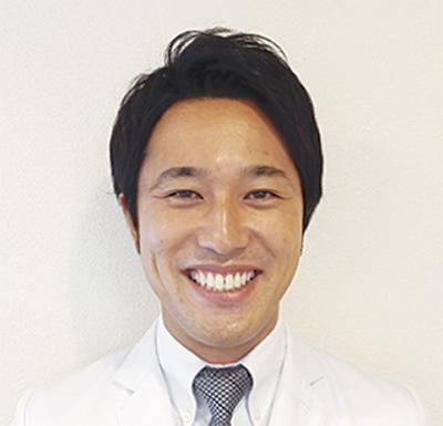 13人の歯科医で土日祝日も通常診療昼休診なしの歯科クリニック