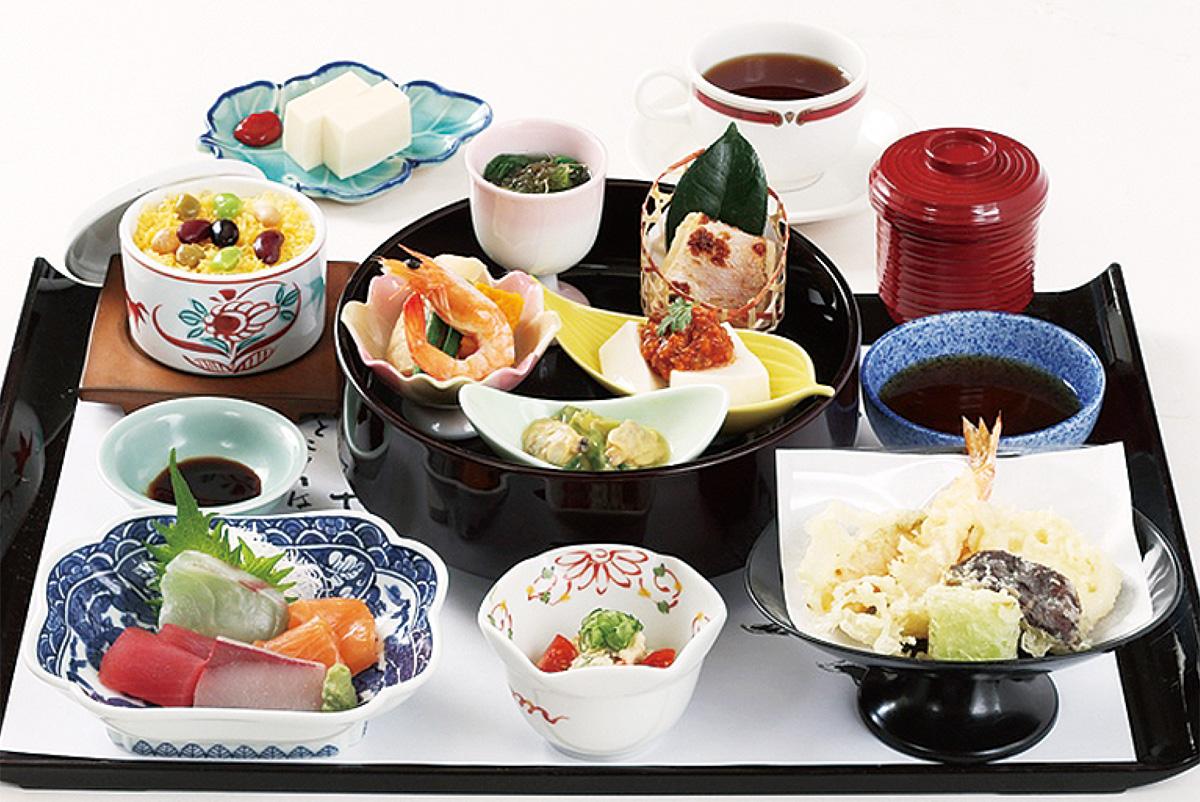 彩り美しい寿司や懐石を