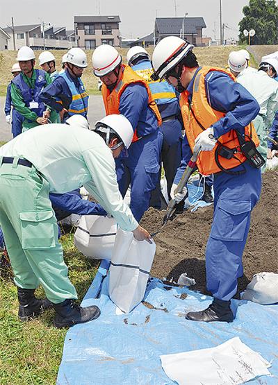 風水害に備え水防訓練