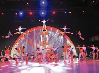 今年は日体大体操部の集団演技も披露される