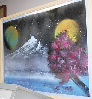 月や富士山を描いた作品