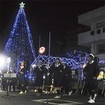 大野北公民館のイルミ点灯を盛り上げる記念のコンサート=昨年