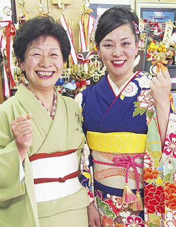 大会に向けて意気込む今井菜々さん(右)と母・綾子さん