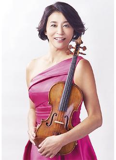 高嶋ちさ子プロフィール/6歳からヴァイオリンを始め、徳永二男らに師事。桐朋学園大学を経て、1994年イェール大学音楽学部大学院修士課程アーティスト・ディプロマコースを卒業。同年、マイアミのオーケストラ、ニュー・ワールド・シンフォニーに入団。1997年には日本で本格的に音楽活動を始める。2006年の自身のソロデビュー10周年時に企画・プロデュースし「12人のヴァイオリニスト」を立ち上げ。現在、演奏を中心にイベントやコンサートプロデュースに加え、テレビやラジオなどのメディア出演、執筆など活動は多岐にわたる