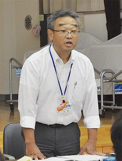 あいさつに立った県の川名福祉部長