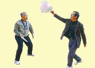 取り組む運動の一例「風船うちわ」
