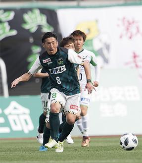 試合開始30秒、今季初ゴールとなる先制点を挙げた谷澤