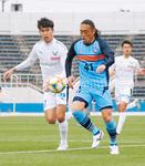鳥取との開幕戦で途中出場を果たした安彦選手=3月10日、ニッパツ三ツ沢球技場