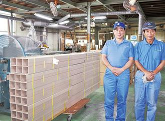 工場で製造される角紙管
