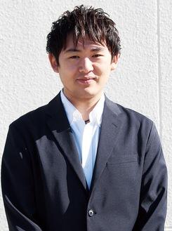 紅綬褒章を受章した吉川さん=11月15日撮影