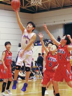 男子開幕戦ではRainbow☆BASKETBALLと相模REDSが熱戦=1月18日
