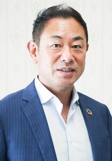 赤間源太郎理事長