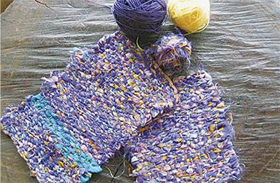 キリムと多国籍の布たち