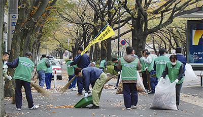 道路清掃で社会貢献
