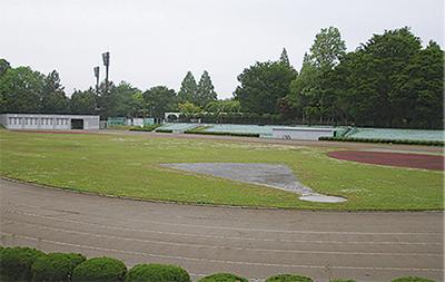陸上競技場を閉鎖