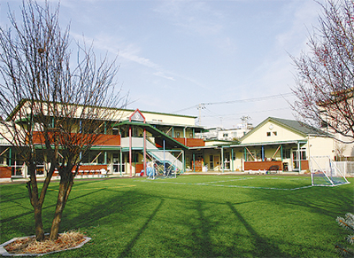 LCA小跡地に教育施設