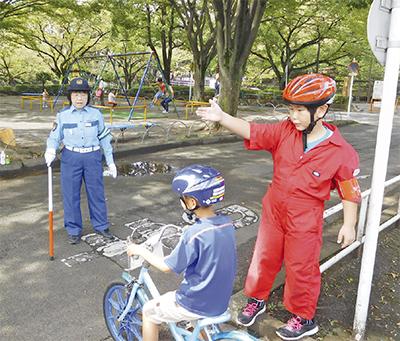 自転車教室で交通指導