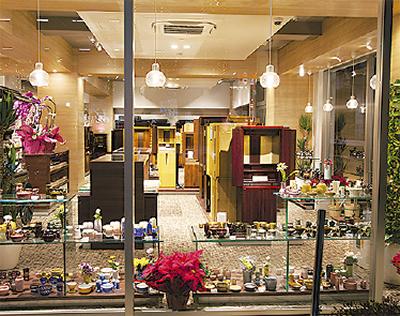 仏壇店をリニューアル