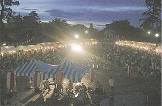 かつては渋谷毅、石井彰、坂田稔らも出演した『もんじぇ』。写真は第一回(平成17年)の模様。手前テントがステージ。かなり手作り感のあるスタートだった