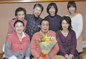 病を克服した来訪者との懇親会