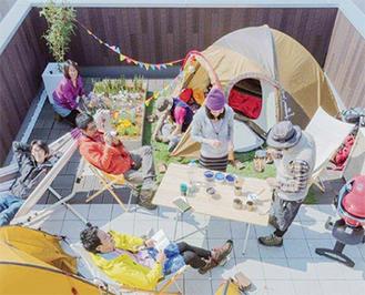 見学会は現地で『屋上BBQ』(上写真=イメージ)。 「住宅を考えている方、屋上庭園に興味のある方はお気軽に遊びに来てください」と坂本代表。