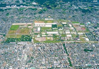 JR相模原駅北口の広大な敷地を占める相模総合補給廠=市提供