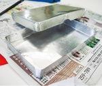 中学時代から使い続けるアルミ製の弁当箱。食後は自分で洗って持ち帰るのが日課だ