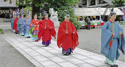 伝統の例大祭