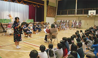 母校で上演「音楽劇」